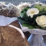 bouquet rond bulle d'eau blanc et vert