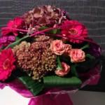 bouquet rond bulle d'eau en camaieu de rose
